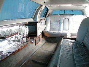 129211_limo_interior